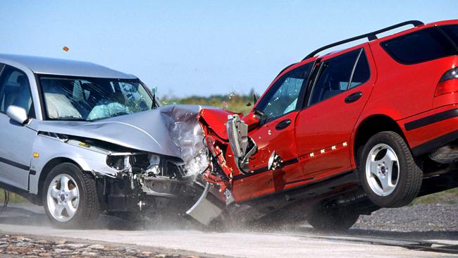 Пассивная безопасность защищает экипаж автомобиля при деформации кузова