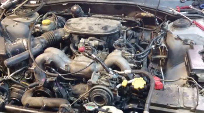 Двигатель EJ254 под капотом Subaru Impreza